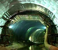 Tunnel in Ecuador with DGSI Instrumentation