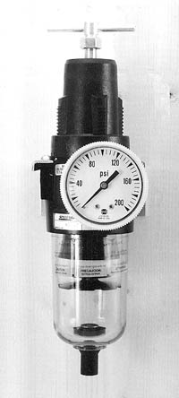 extractor with regulator gauge